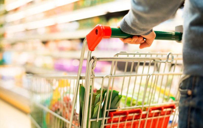 Alltagsbedarf in Supermärkten und Drogerie